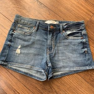H&M denim shorts Size 8 never been worn